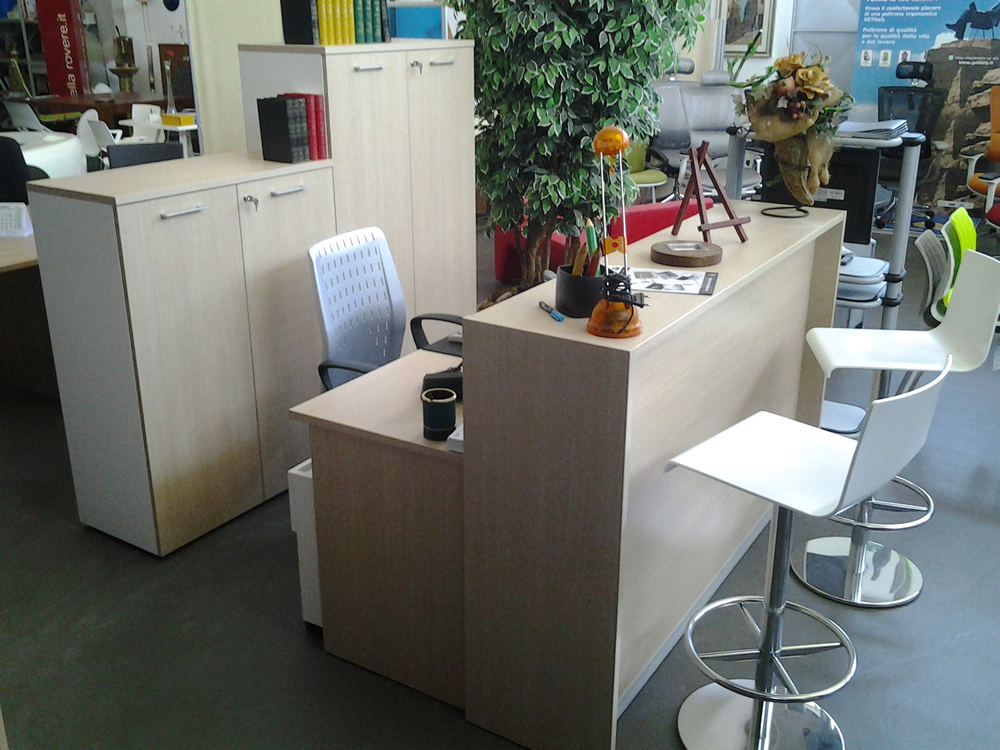 Reception operativa usata gimaoffice for Reception da ufficio